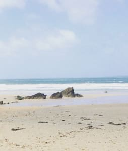 Cosy bedroom with own bathroom near the beach - Newquay - Rumah