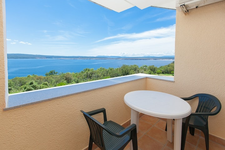 Comfort apartment for 4-6 persons -beach only 200m