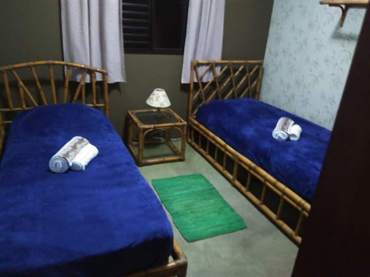 Bedroom and Office Room (120MB-net) near subway SP