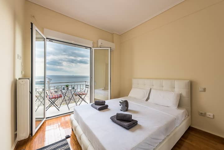 Lenny House | Piraeus SeaViews