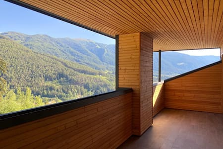 "Holiday Apartment ""Kronplatz Blick"" with Mountain View of the Dolomites, Wi-Fi, Balcony & Terrace; Parking Available"
