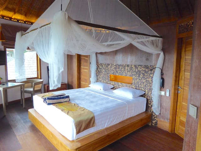 Duplex Villa with Panoramic Ocean View - Pekutatan