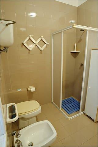 bagno di primo piano
