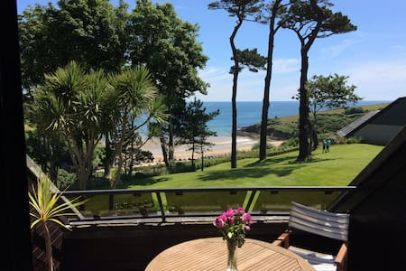 Luxury flat with superb sea view and heated pool - Mawnan Smith