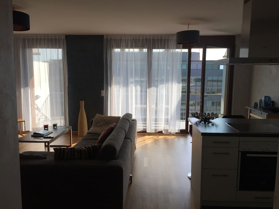 Chambre louer room for rent appartements louer for Appartement meuble a louer geneve