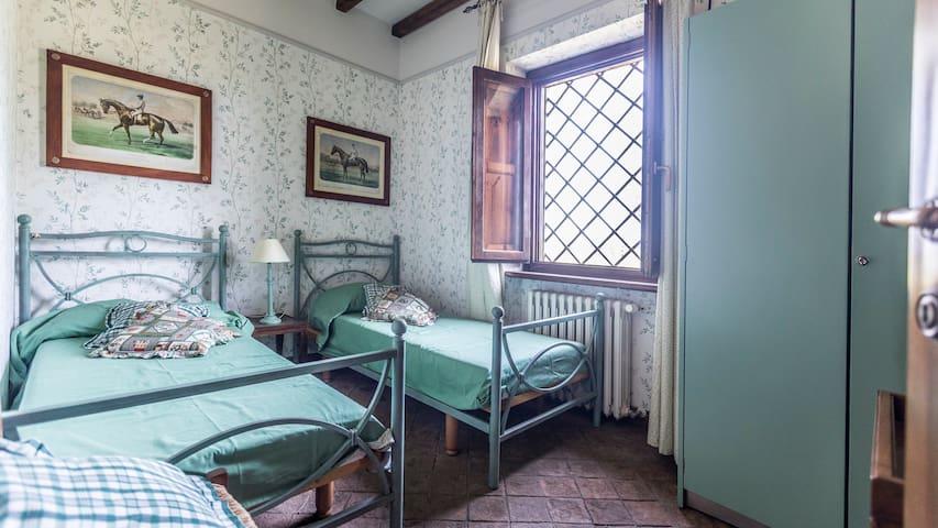 Camera da letto n.4