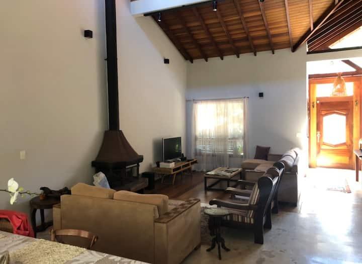 Casa linda e aconchegante em São Roque