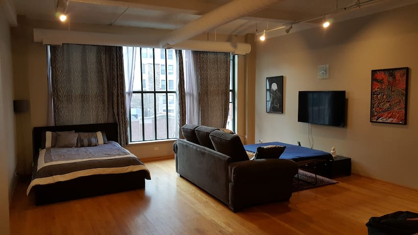 "Modern Condo in Printers Row ""Temporary Discount"" - Chicago - Apartemen"