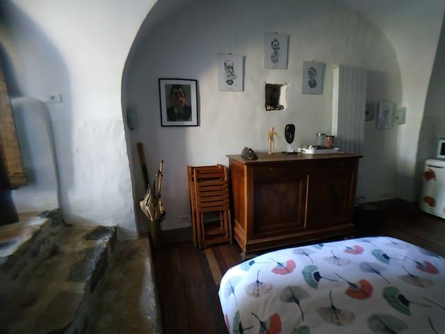 Une chambre voûtée