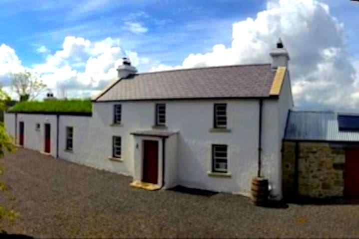 ArDrum Farmhouse - Enniskillen - House