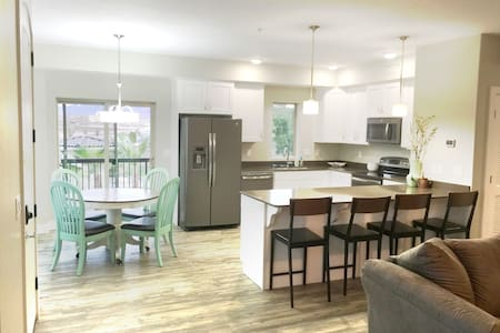 NEW CONDO in St.George