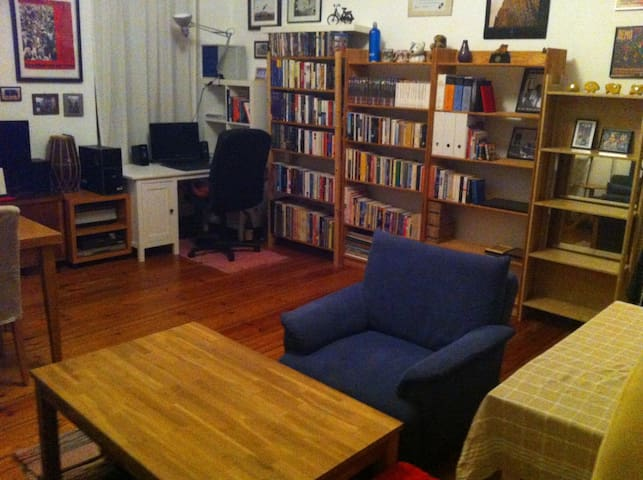 2-room ap. in Prenz.Berg, Berlin