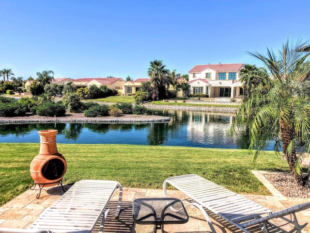 Ocotillo Ivy - Waterfront Home w/ 4 BR & 3800sq ft