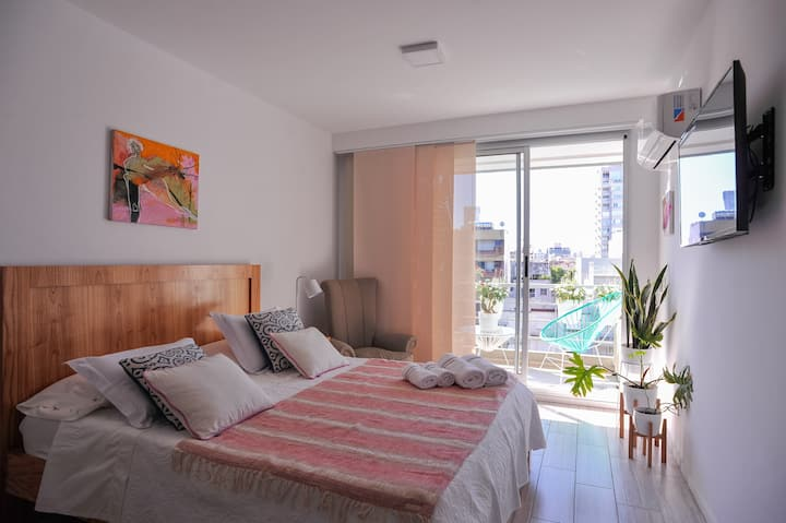 SUNNY studio on ideal Palermo Soho st. w/pool& Gym