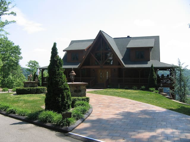 Look-Out Lodge on Lake Cumberland - Russell Springs - Rumah