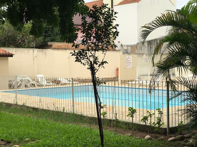 Perto de Tudo de Bom na Zona Sul - Porto Alegre - Wohnung