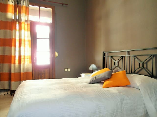Apartamento centro WiFi e Imagenio - Ceuta - Apartment