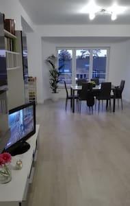 Appartement remis à neuf de 77m° - Vilvoorde - Byt