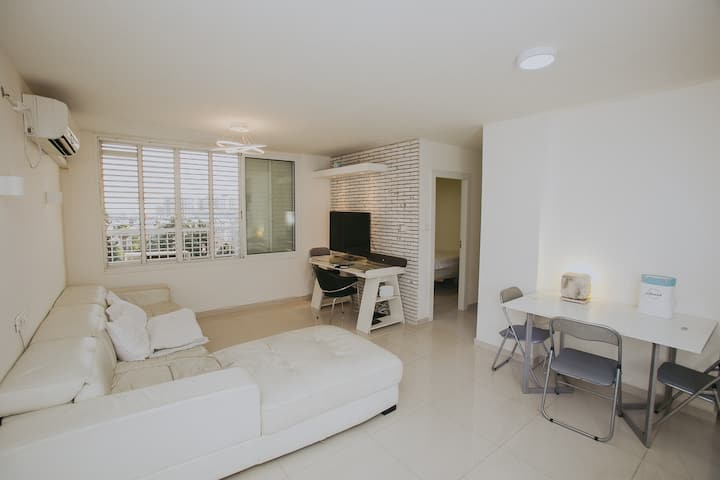 3 rooms nice equipped apartment near the airport