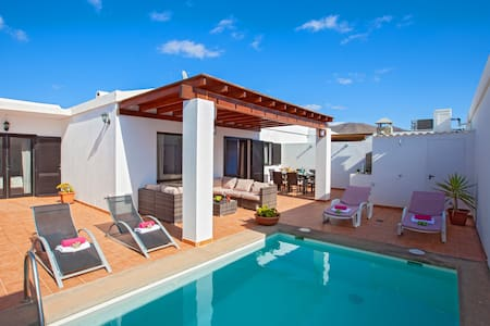 "Stylish holiday home ""Villa Jesús"" with pool"