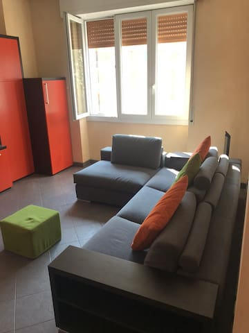 Very Clean Full Apartment in the Center of Milano