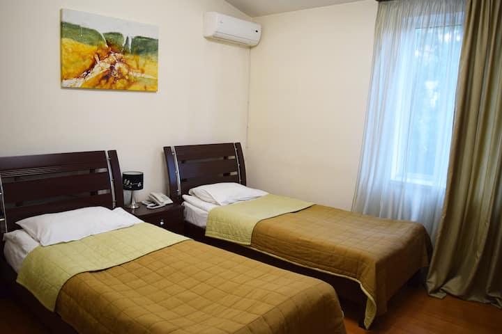 GRIG HOTEL twin-5