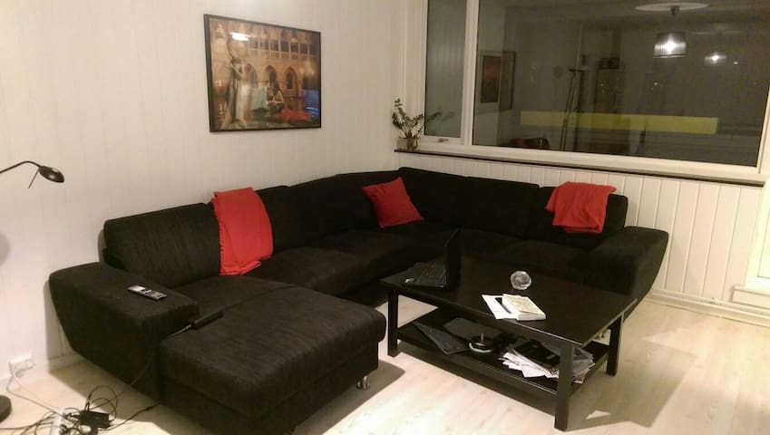 Quiet apartment close to the train - Slependen - Flat