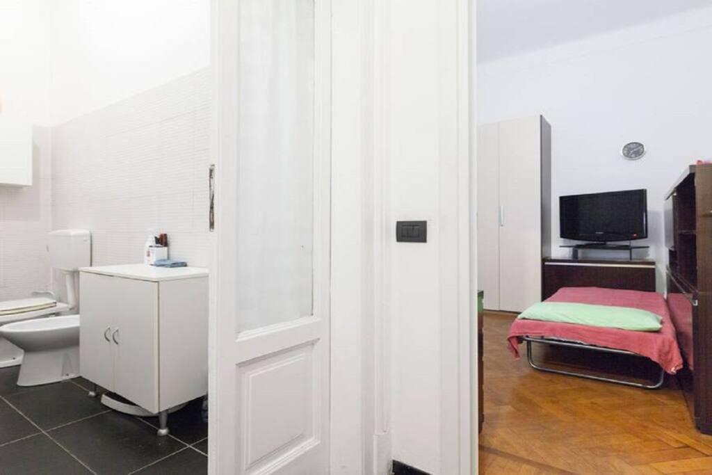 Camera e bagno privato esterno
