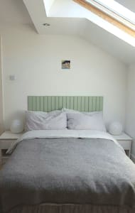 Comfy double bedroom nr Sefton Park