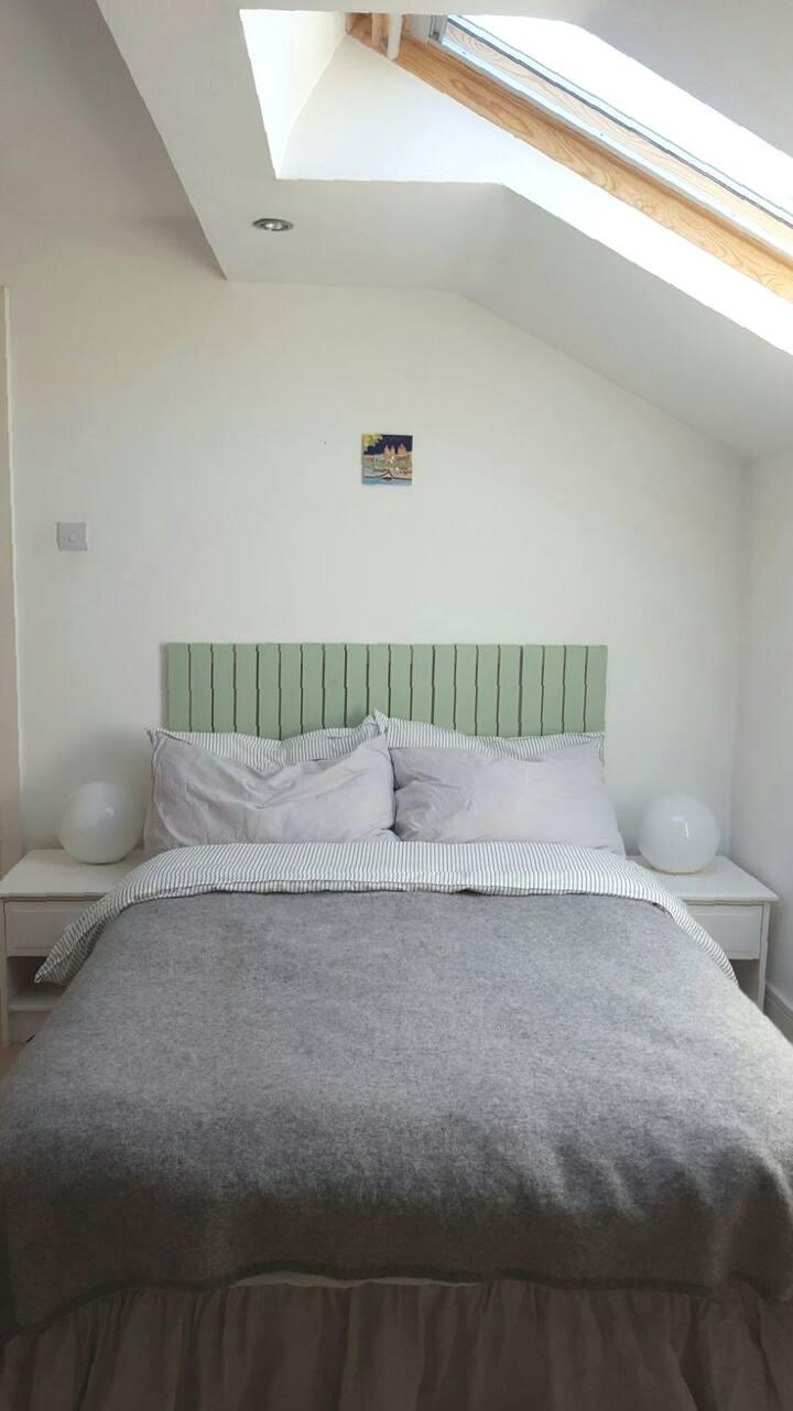 Comfy double bedroom nr Sefton Park