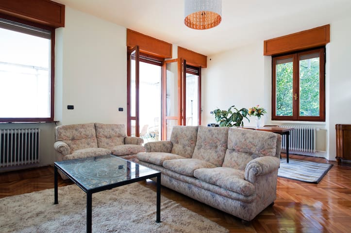 Exclusive villa in North of Milan - Cusano Milanino - House