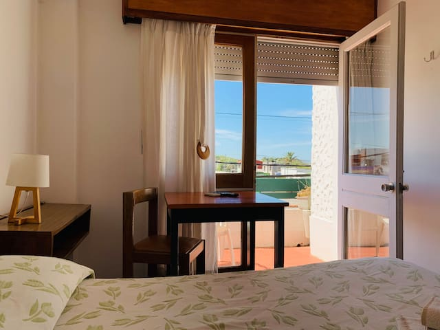 Double room with breakfast in La Paloma! (Hotel)
