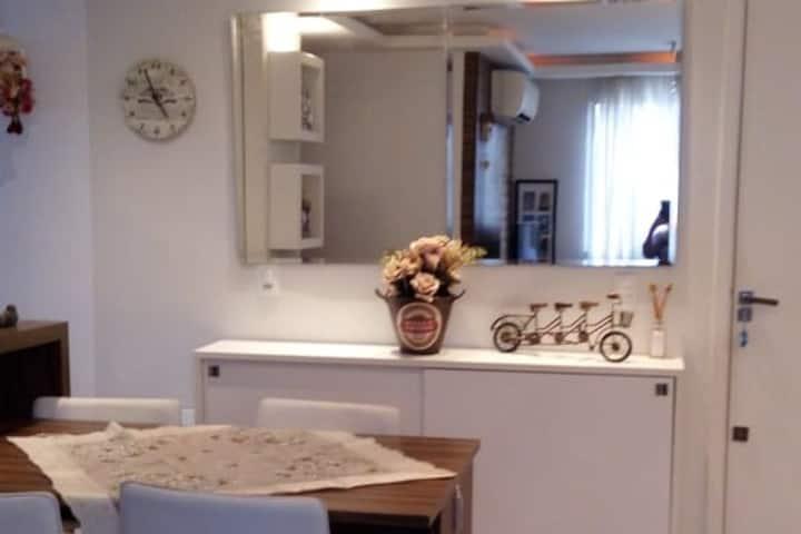 Apartamento moderno e equipado proximo a FIERGS ZN