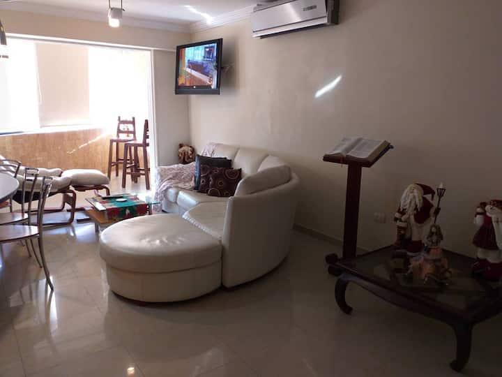 Amplio Apartamento a 3 cuadras de C.C. Sambil