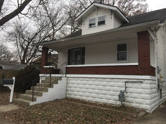 3 bedroom near Expo Center & UofL - Louisville - Talo