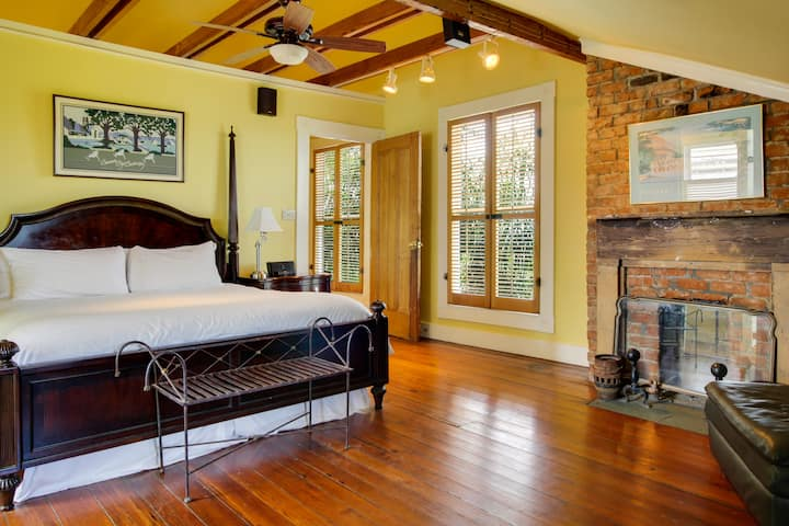 The Royal Poinciana Suite - The Green House Inn