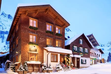 Chalet House Hannes Schneider - Stuben