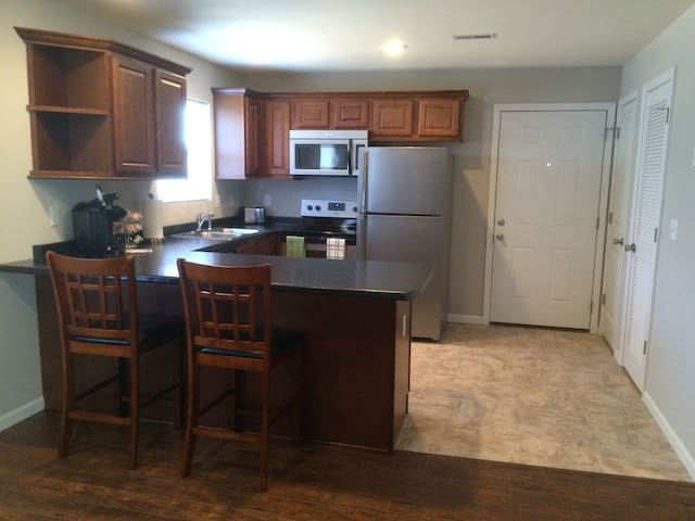 Fully Furnished 2 Bed 2 Bath In Rolla, MO Unit D