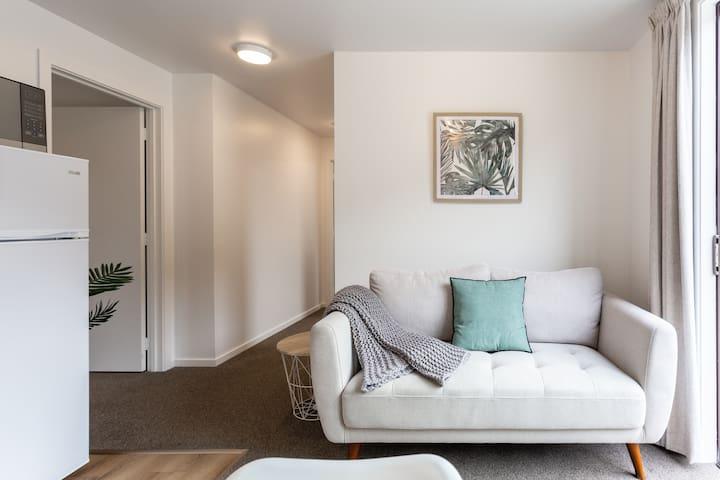 Modern flat in central Queenstown