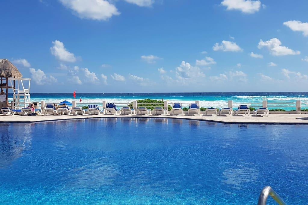 Estudio villas marlin playa alberca apartments for rent for Villas marlin cancun
