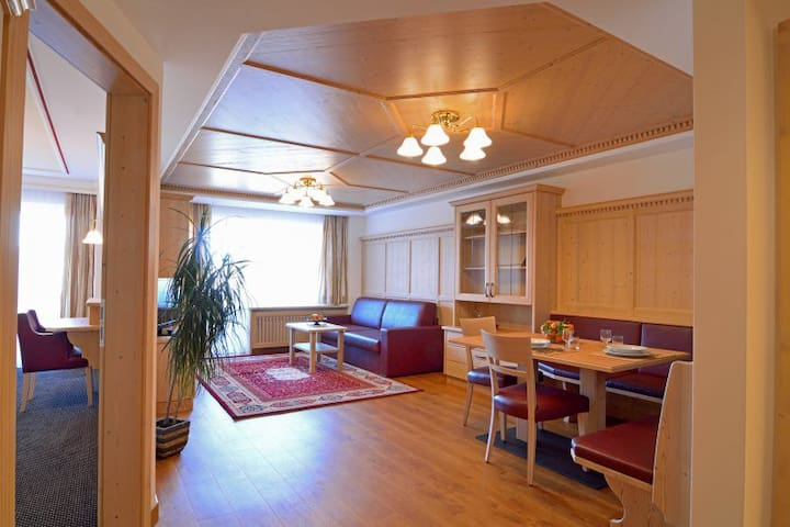 Two rooms apartment with balcony or garden terrace - Selva di Val Gardena - Apartment