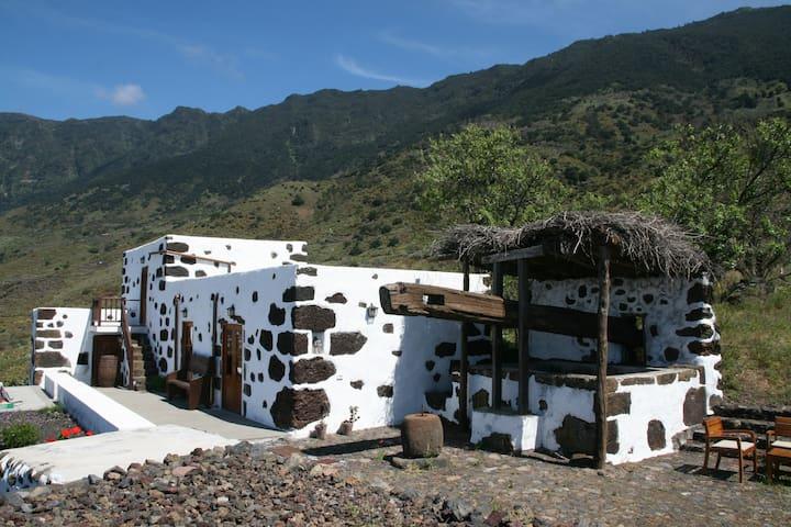 Casa Rural  El Lagar - Frontera - Talo