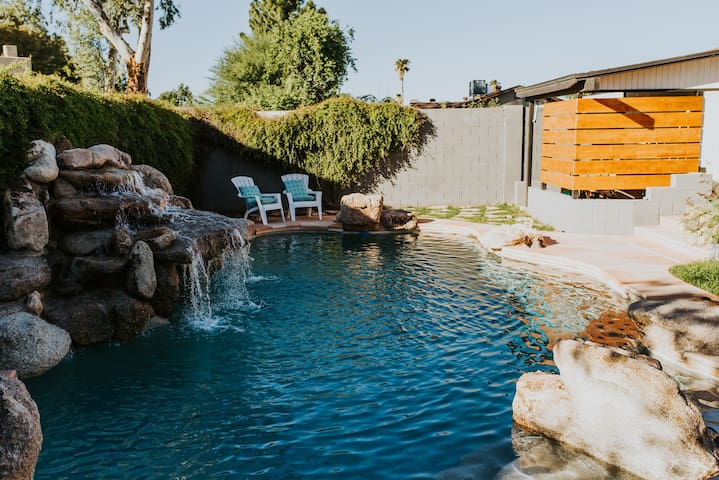 The Phx Bungalow  Private home + backyard retreat!