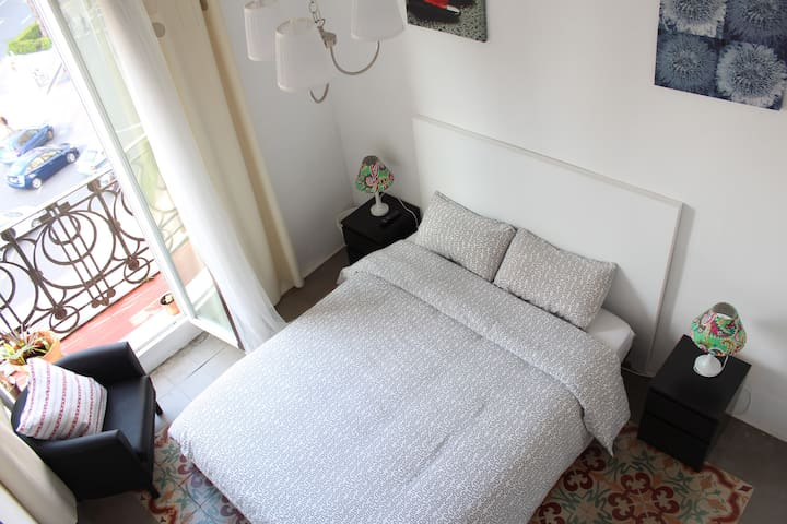 Cozy room in the heart of Valencia - València - Apartamento
