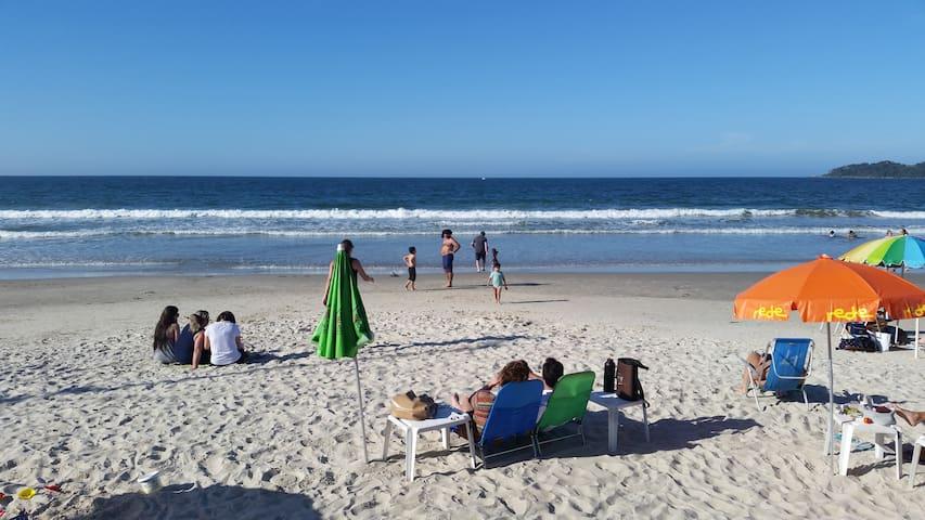 Apto na Praia de Bombas, para fazer tudo a pé - Bombinhas - Apartamento