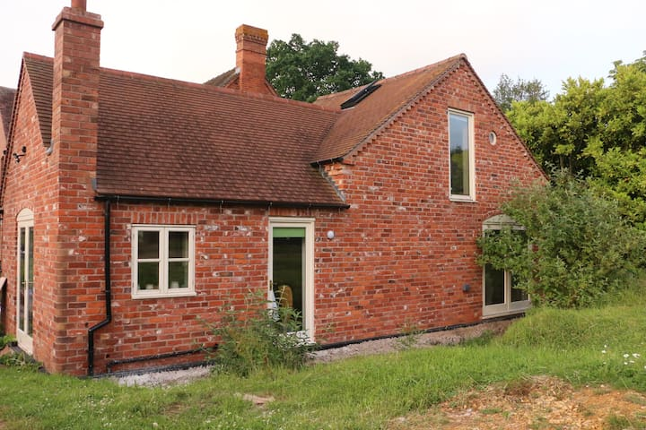 Skeys Farm Cottage & Retreat
