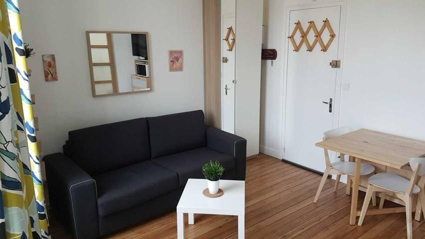 Studio à Cabourg, calme, centre ville, 100 m plage