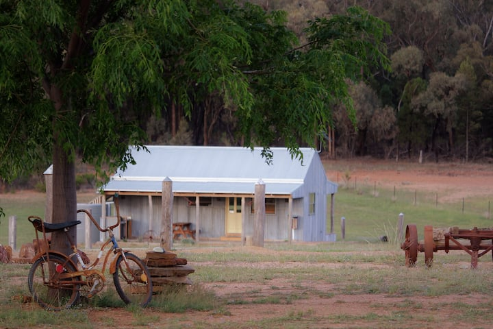 Billy'O Bush Retreat - Jumbuck Shearers Hut