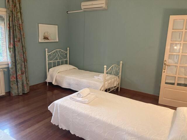 Dormitorio 2 con 3 camas individuales