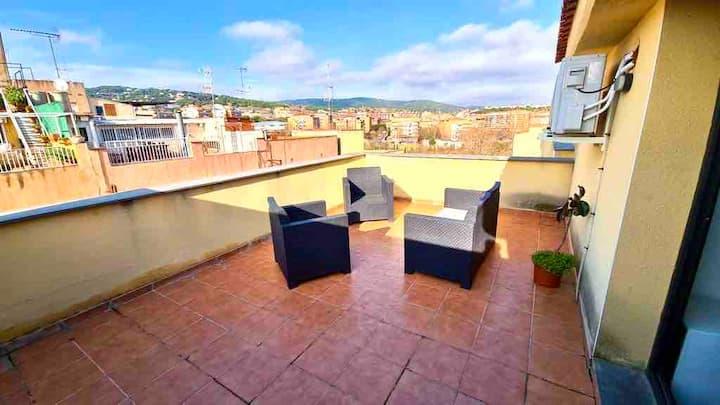 Gran sobreático nuevo con A/C, terraza de 25m2 A2